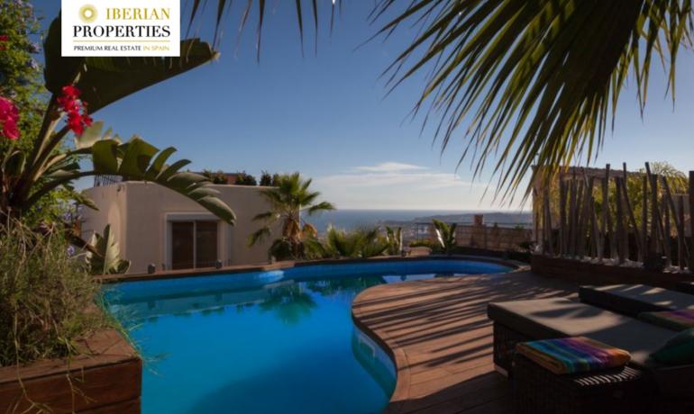 Design villa with amazing panoramic sea views in Sitges, Costa Dorada