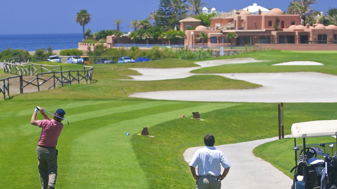 Where do celebrities play golf in Marbella